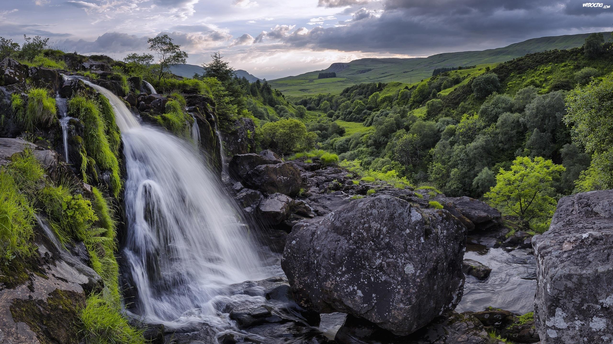 Szkocja, Hrabstwo Stirlingshire, Góry, Rzeka Endrick ...