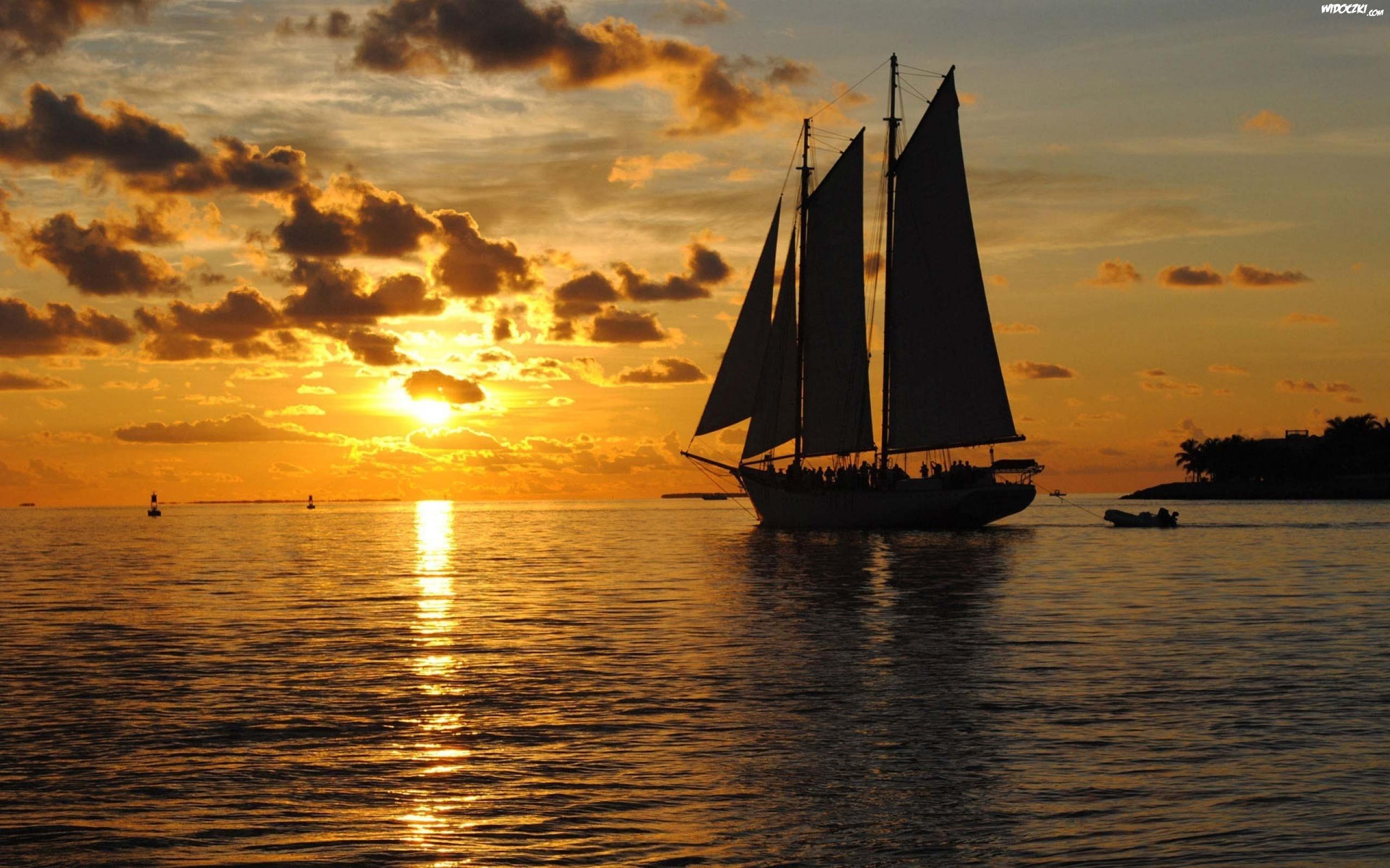Zach 243 D Słońca Chmury Morze Żaglowiec